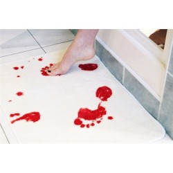 Tapis de bain sanglant